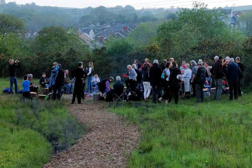 The crowd begins to gather at the Story Firepit, Ynysybwl, 14th May 2016